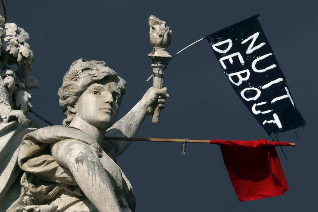 La protesta della Nuit Debout contro le recenti riforme del lavoro in Francia