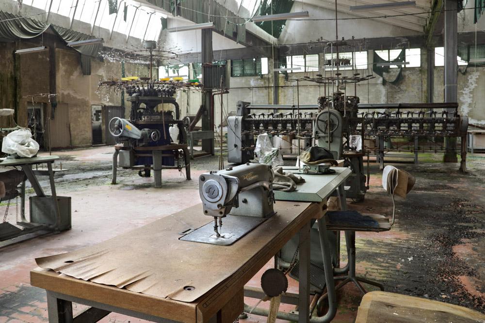 Manifattura tessile: quei posti di lavoro che non attraggono i giovani italiani