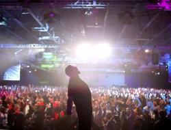 Tony Robbins: il guru lo trovi su Netflix