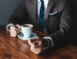 manager con caffè