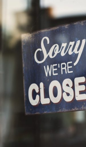 negozi storici chiusi: sorry, we're closed
