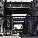Foto di Gabriele Basilico dello stabilimento Pirelli-Bicocca, 1985