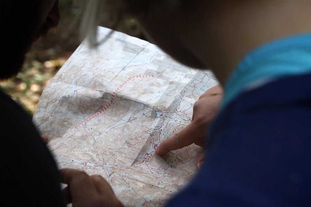 Una mappa cartacea, antenata di Google Maps