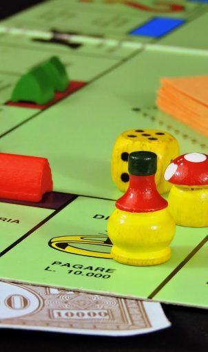 tabellone del monopoli, metafora del mercato immobiliare