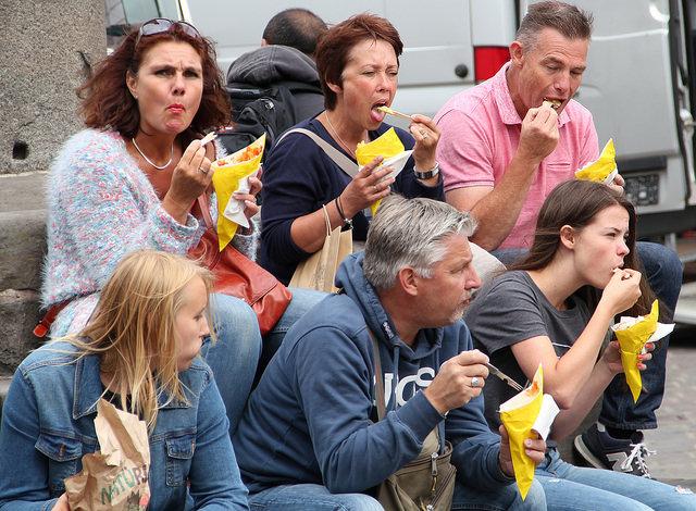 Catene di street food vs locali della tradizione
