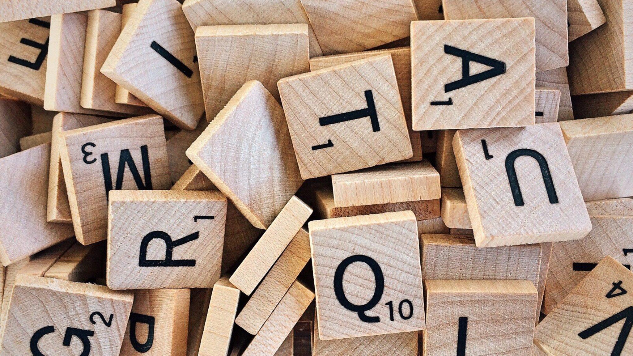 Autoconsapevolezza: pescare sentimenti e sensazioni in se stessi come si fa con le lettere dello Scarabeo.