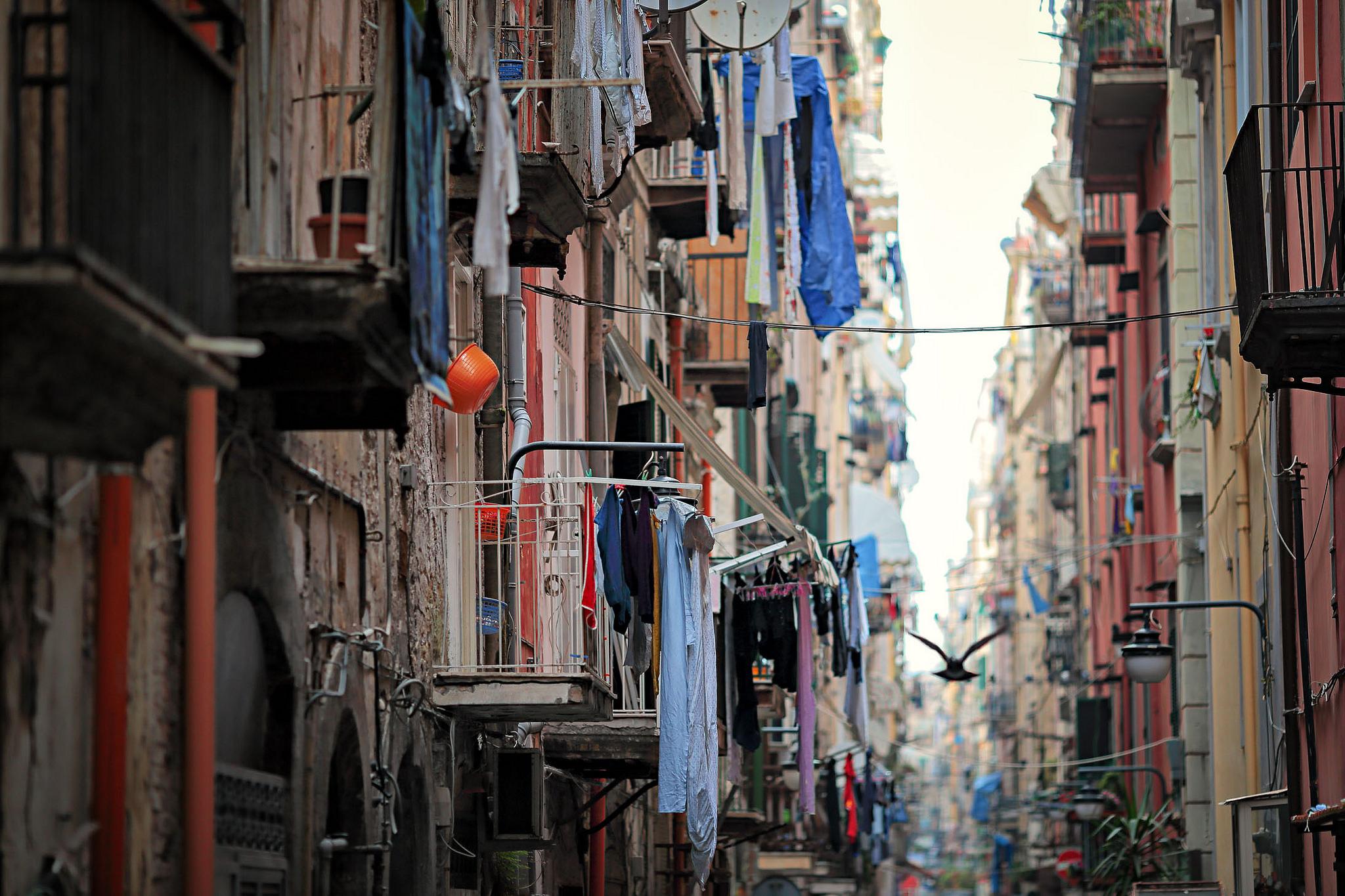 Balconi nei Quartieri Spagnoli di Napoli