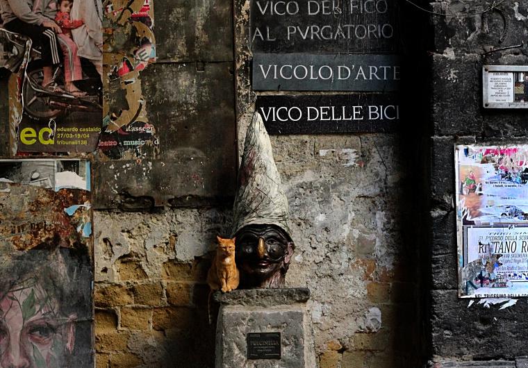 Pulcinella, parte della carne di Napoli.