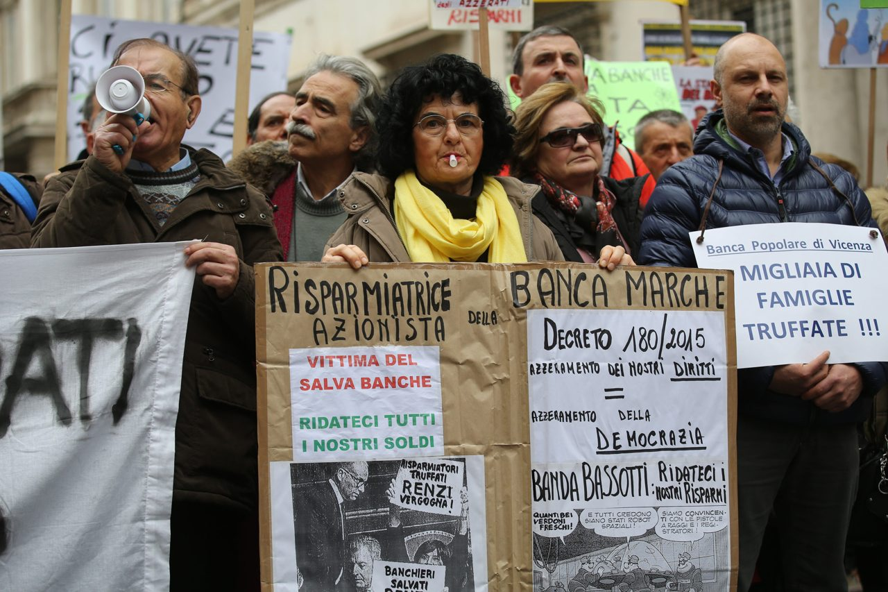 Risparmiatori traditi da Banca Marche.