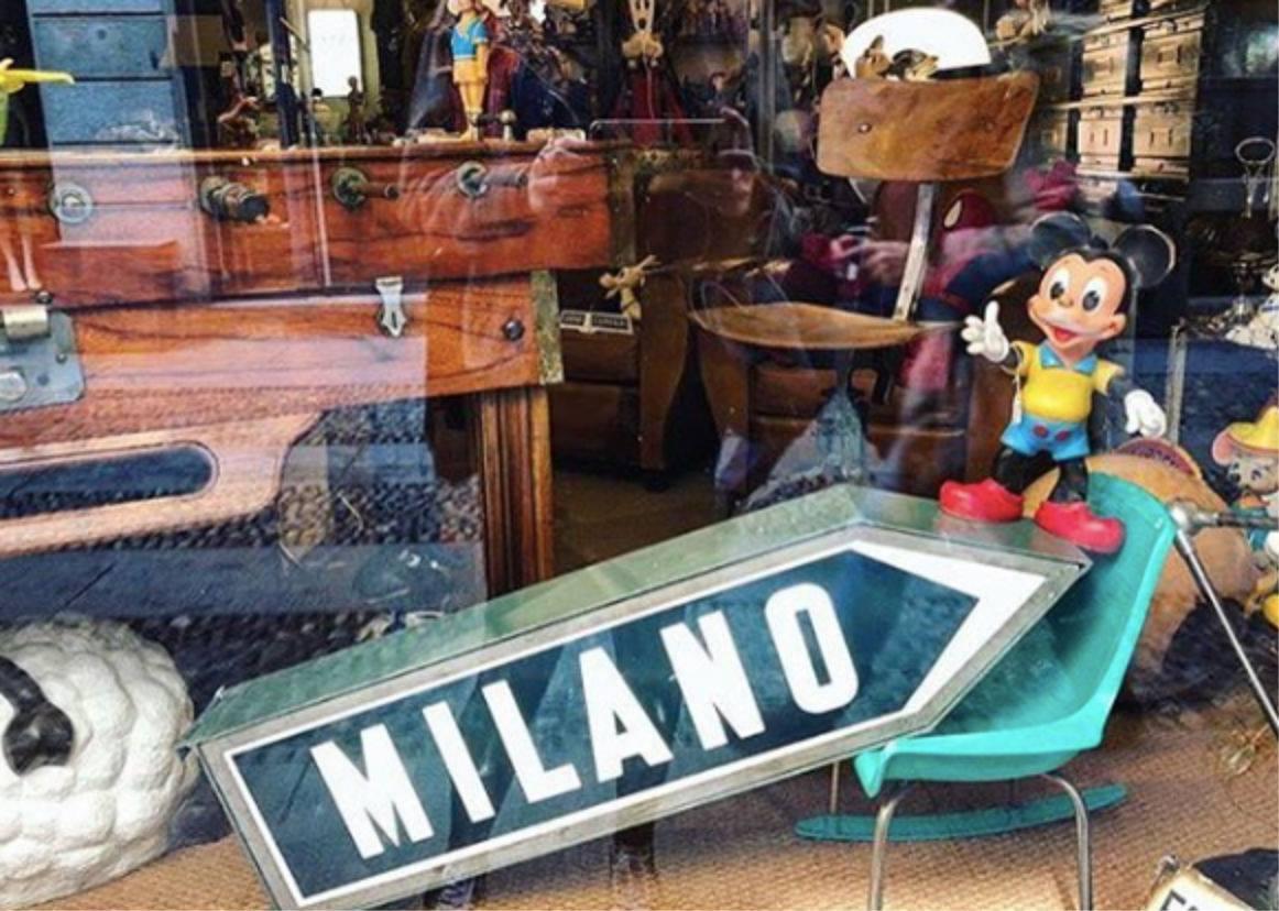 Un panino al pesce, tipico esempio di cibo pugliese.
