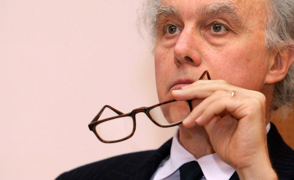 Francesco Giavazzi, intervistato da Senza Filtro nella rubrica Controluce.