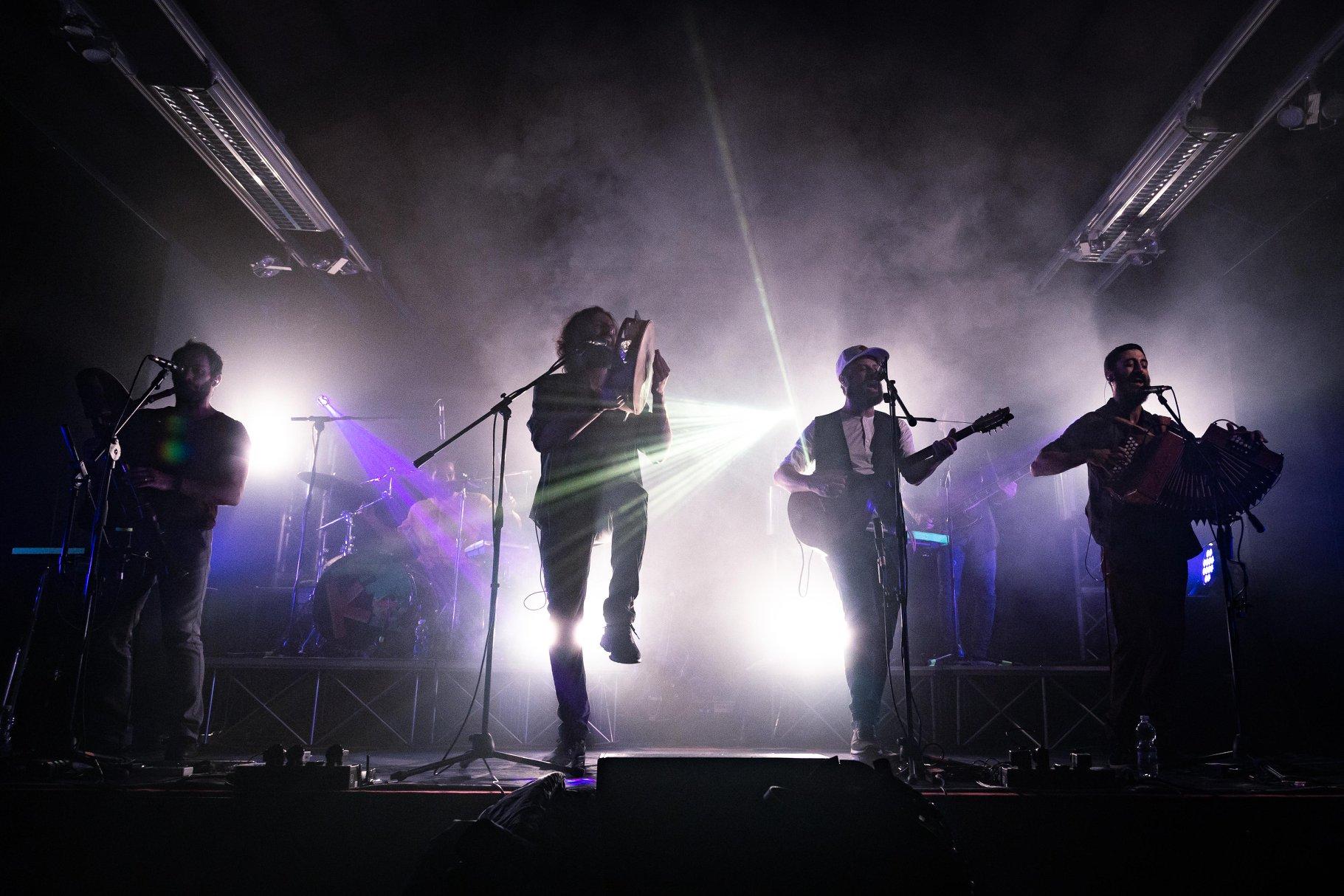 La band salentina Kalàscima, lanciata dal Puglia Sounds