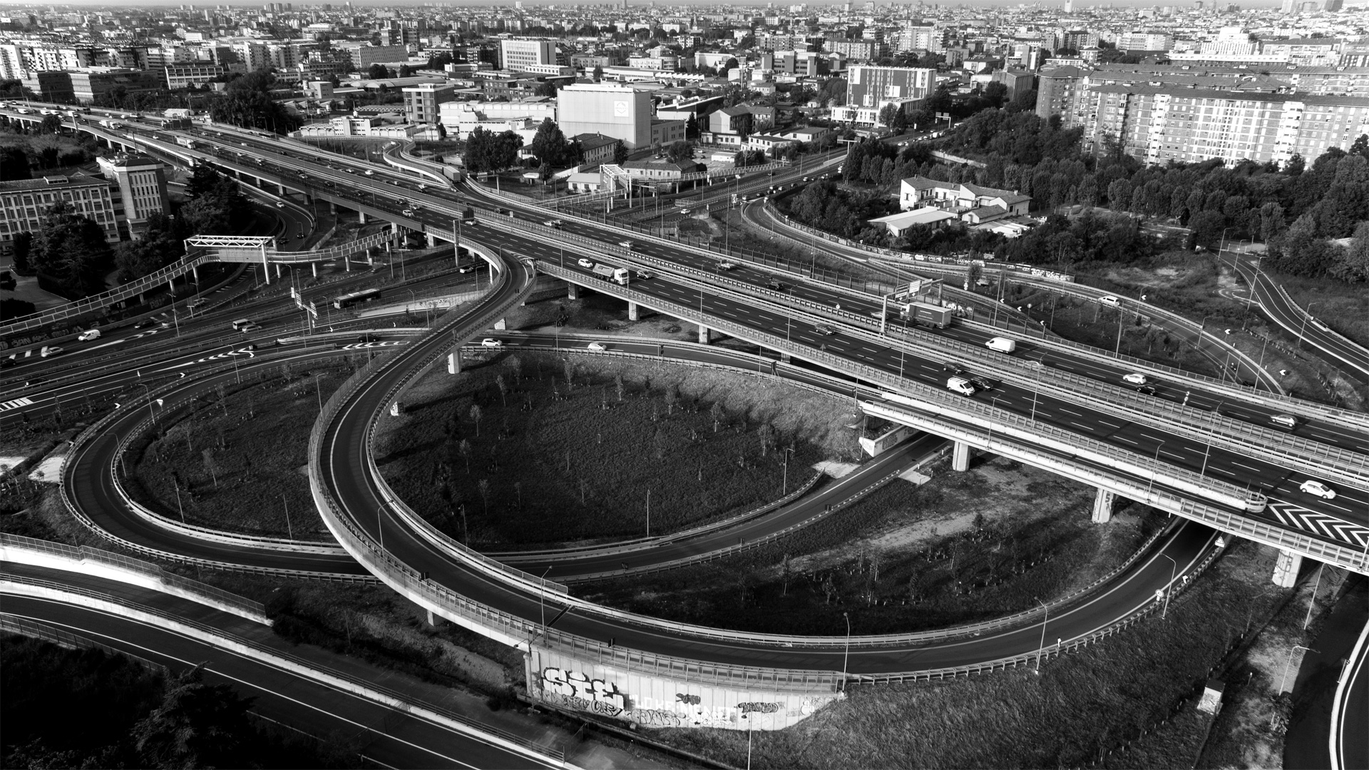 Connessioni e ossessioni tra Milano e provincia