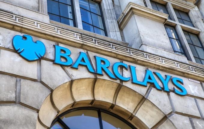 L'insegna della banca Barclays, al centro di uno scandalo sul whistleblowing