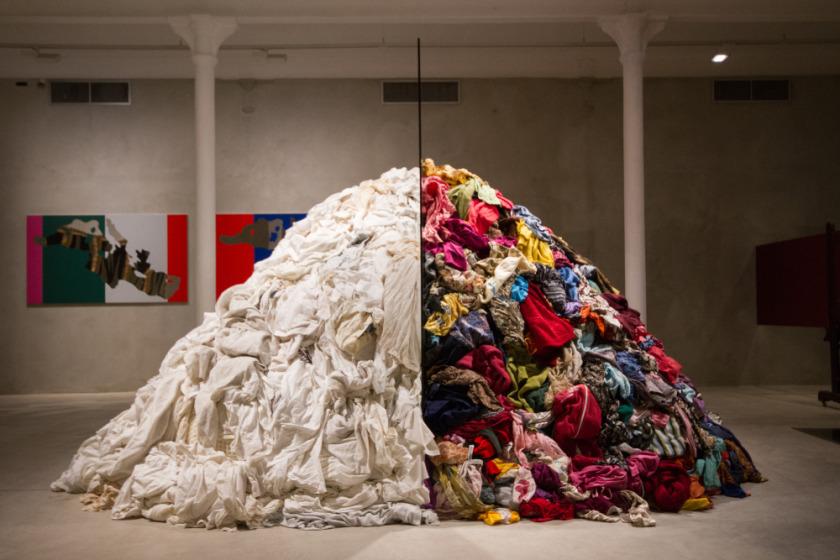 Una scultura di Arte povera, movimento colonizzato dalle lobby artistiche italiane