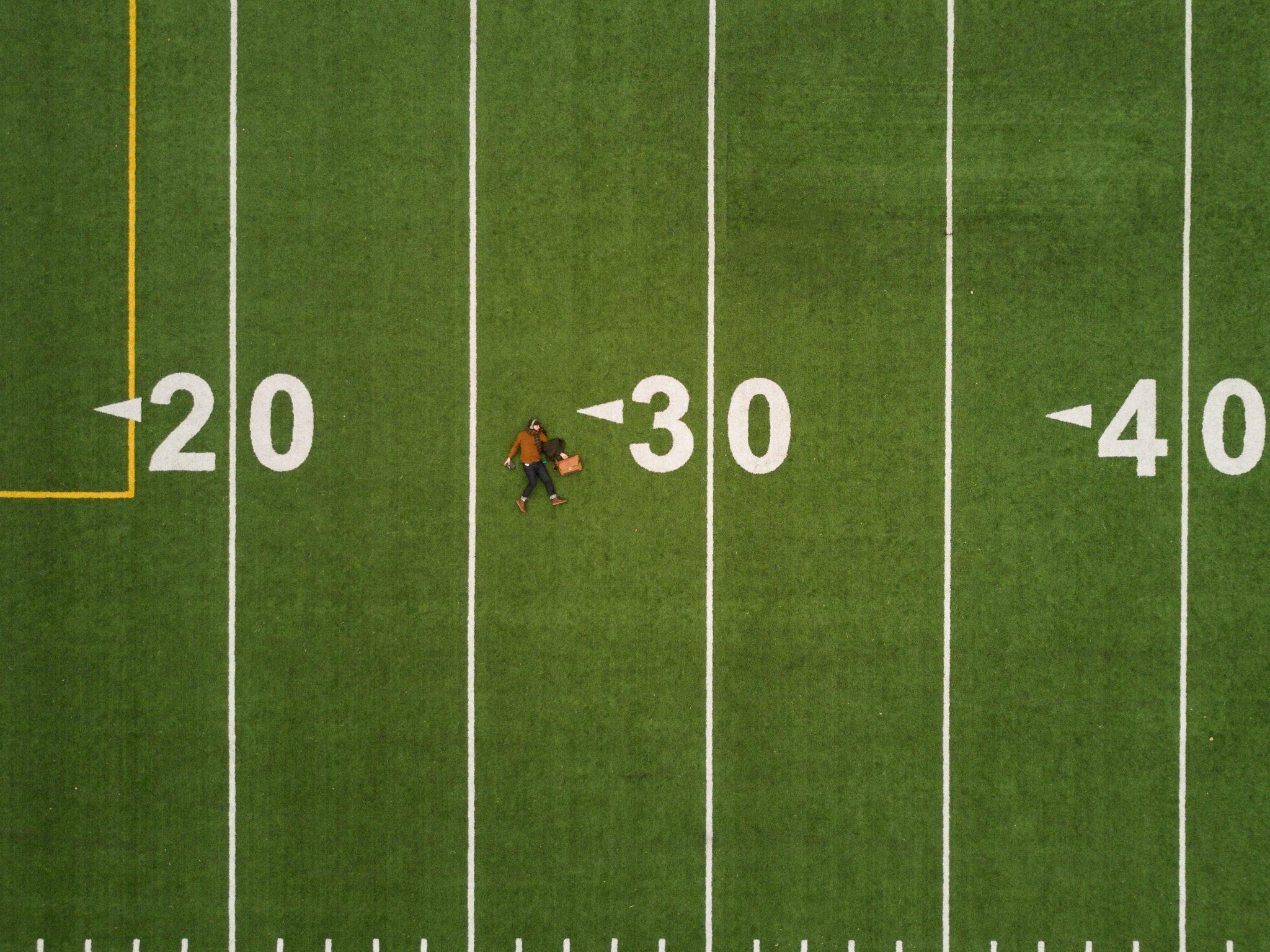 Disoccupati over 40: un campo sportivo segnato fino alle 40 iarde