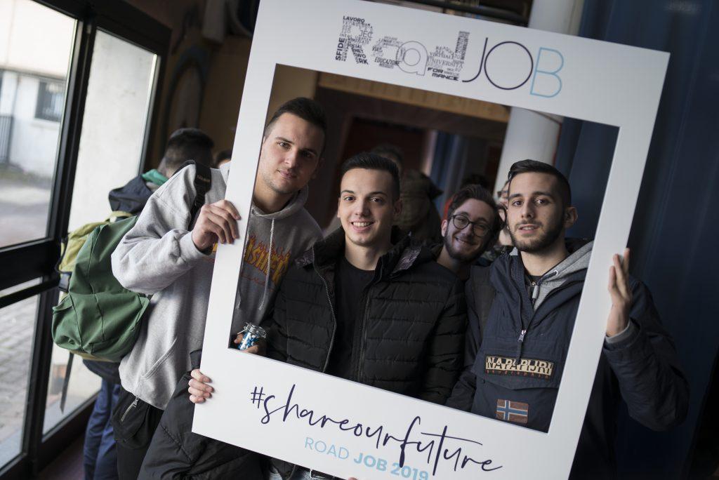 Alcuni giovani partecipanti alla Roadjob Academy