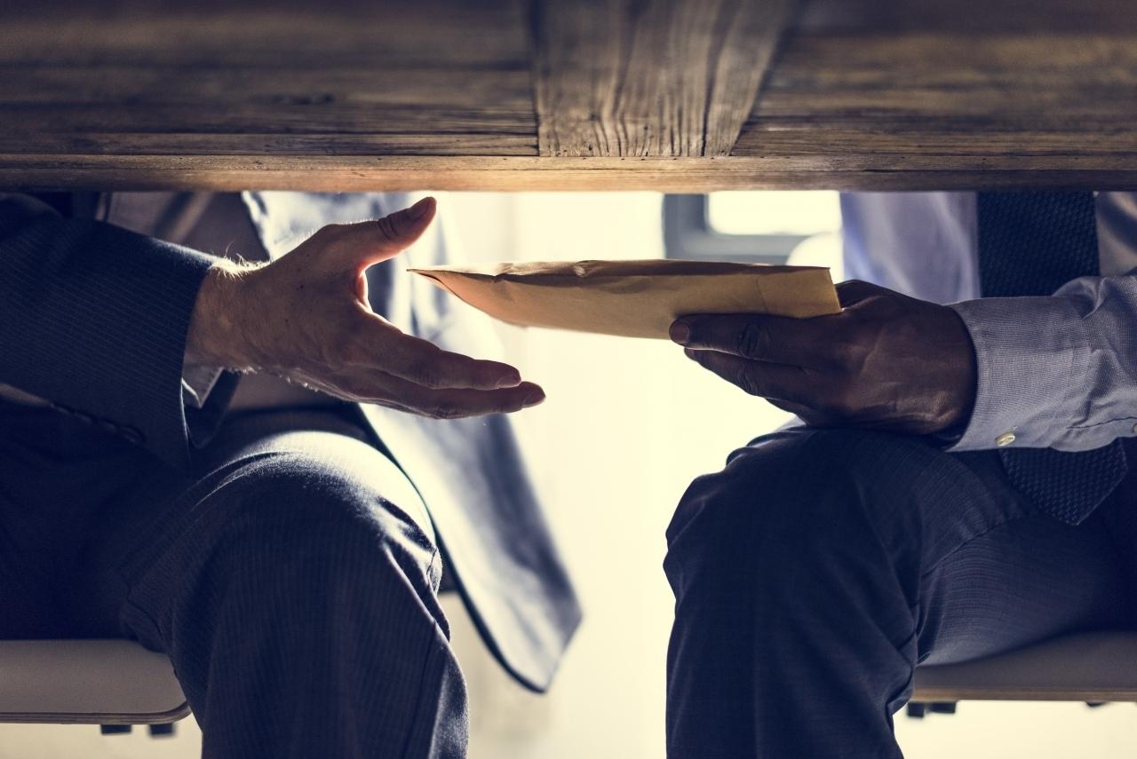 Le consulenze di oggi sono le nuove tangenti?