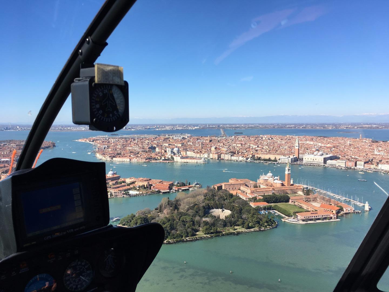 Una vista aerea sulla città di Venezia
