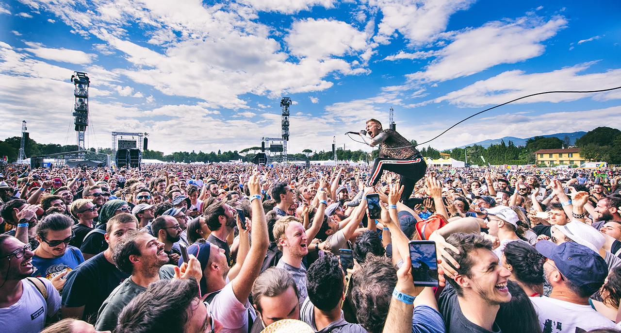 Una foto scattata durante un concerto da un fotografo live