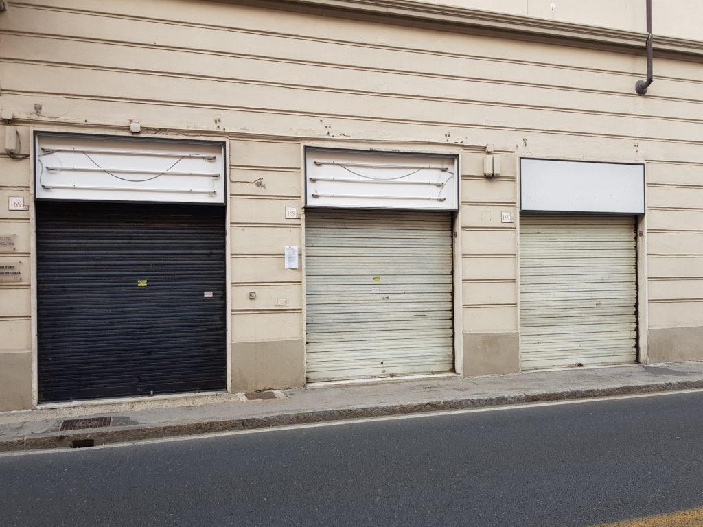 Saracinesche chiuse: piccoli commercianti, grandi bollette, enormi paure