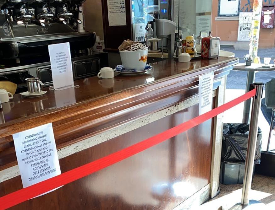 Un bar chiuso per COVID-19, ma quanta burocrazia per ricevere gli aiuti previsti dallo Stato
