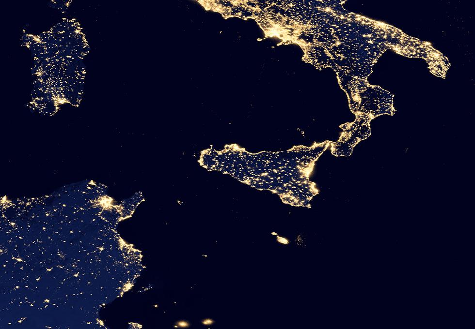 Una foto del Sud Italia da satellite. Sarà secessione?