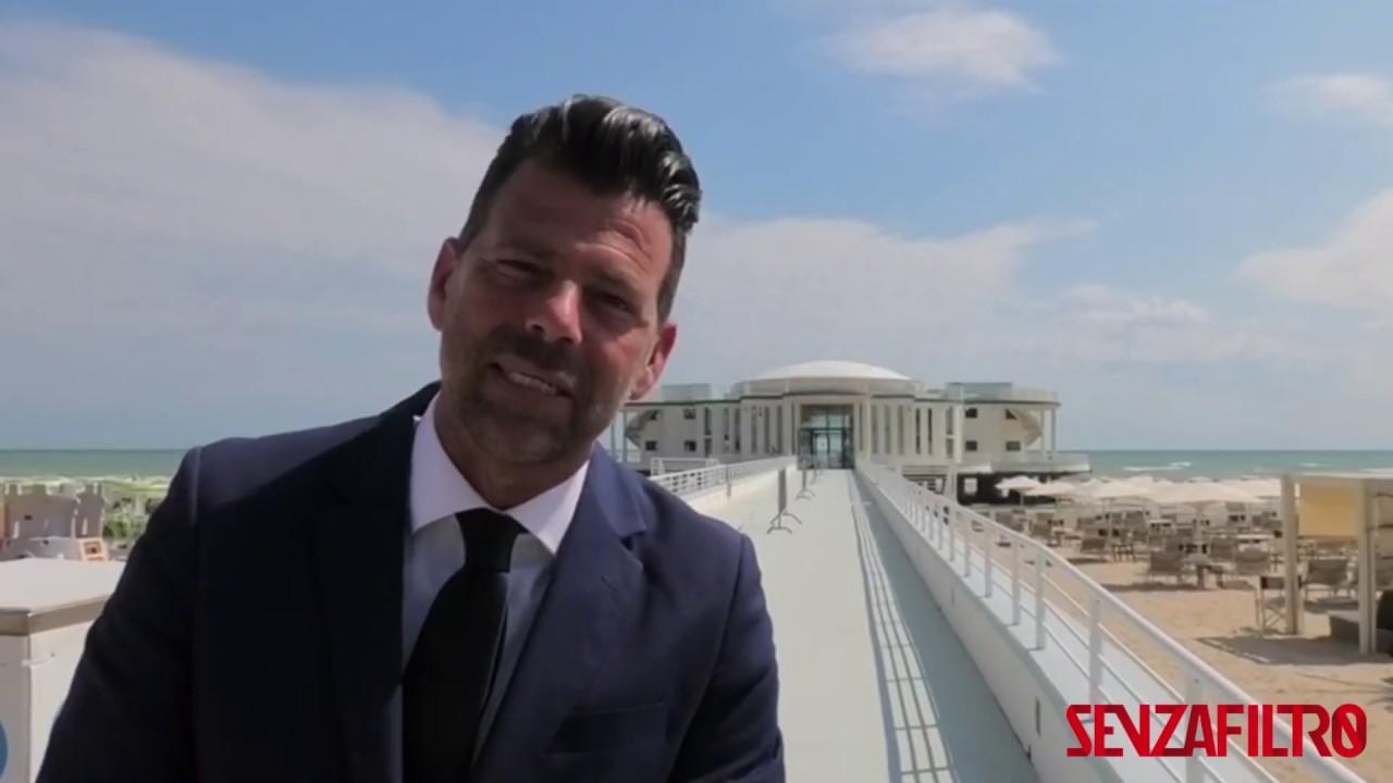 [VIDEO] SenzaFiltro in Tour: il sindaco di Senigallia chiama il sindaco di Bari. E Bari risponde