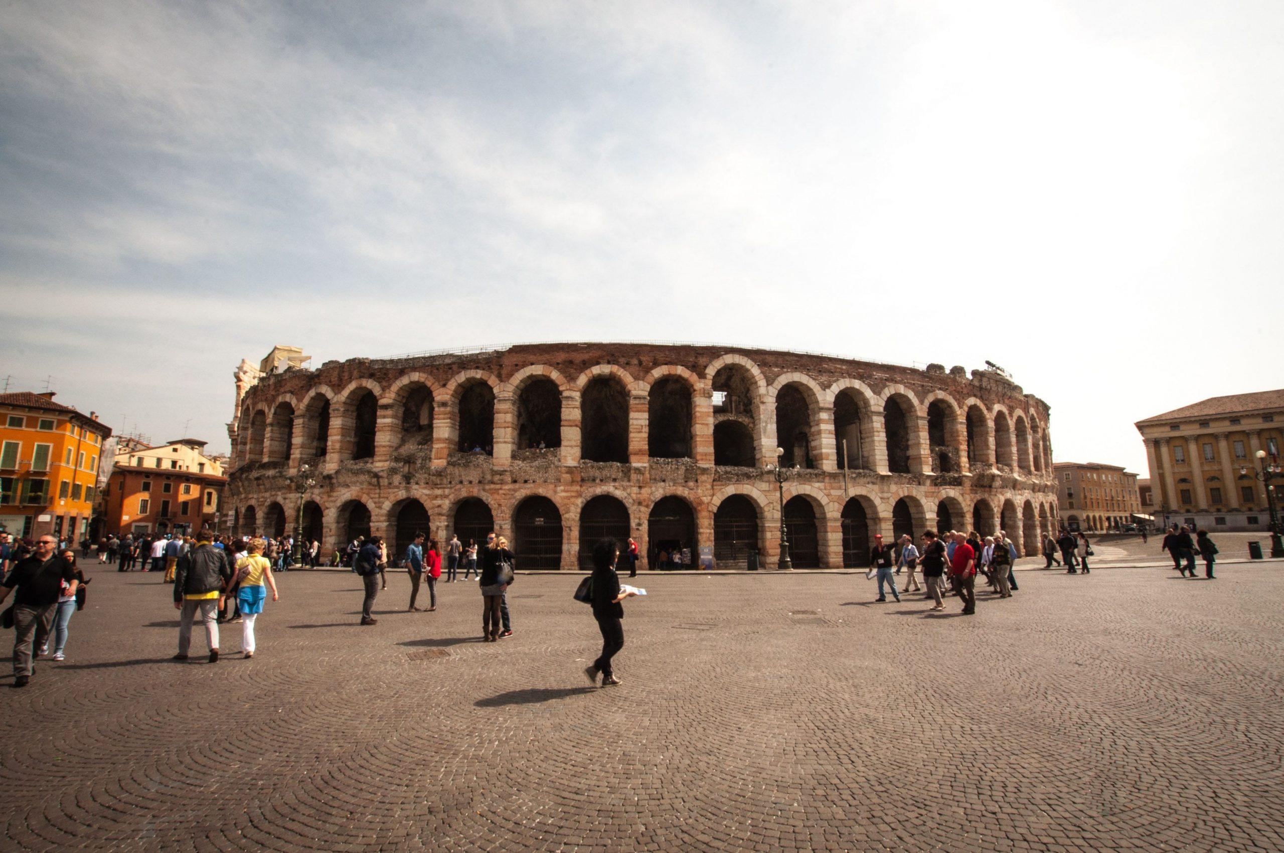 Ripartenza a Verona: il lavoro non sarà un'Arena