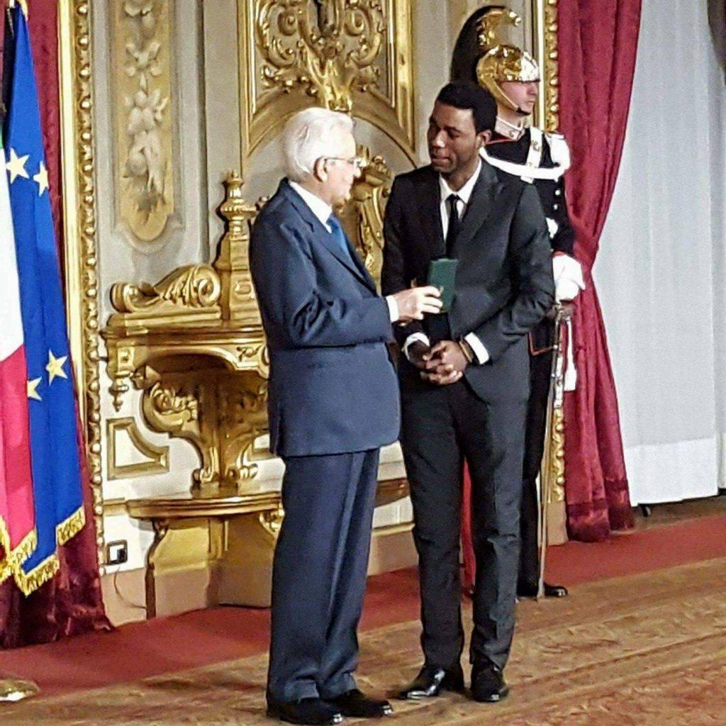 Jean Pierre Yvan Sagnet premiato dal Presidente della Repubblica Sergio Mattarella.