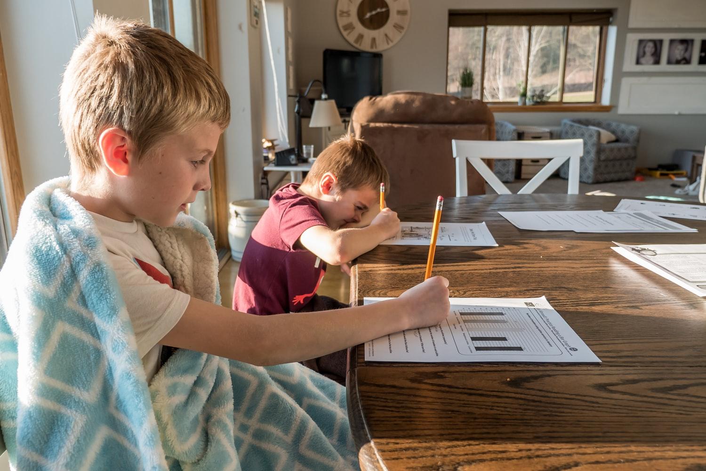 Istruzione parentale: molti la fanno, nessuno ne parla