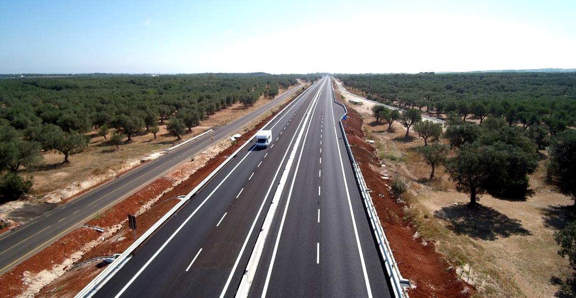 Puglia, servono strade per far volare l'economia