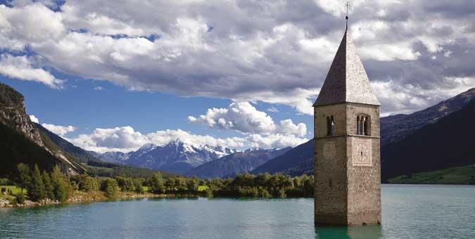 """""""C'è un mostro in ogni campanile"""": si chiama Burocrazia"""