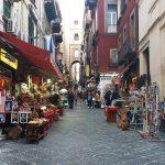 San Gregorio Armeno, la via dell'arte presepiale napoletana.