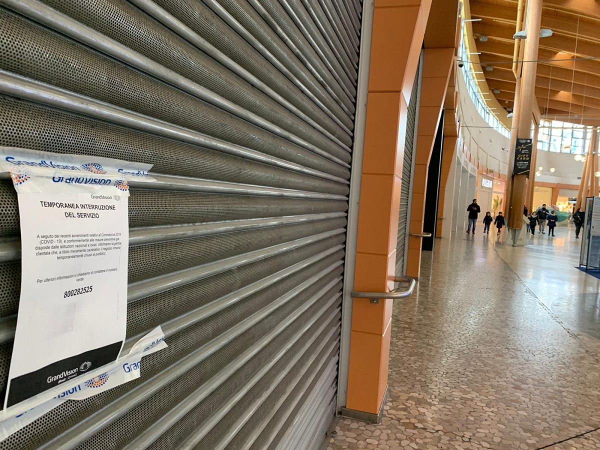 """""""Non pago più l'Iva per pagare l'affitto"""": i contratti-trappola dei centri commerciali"""