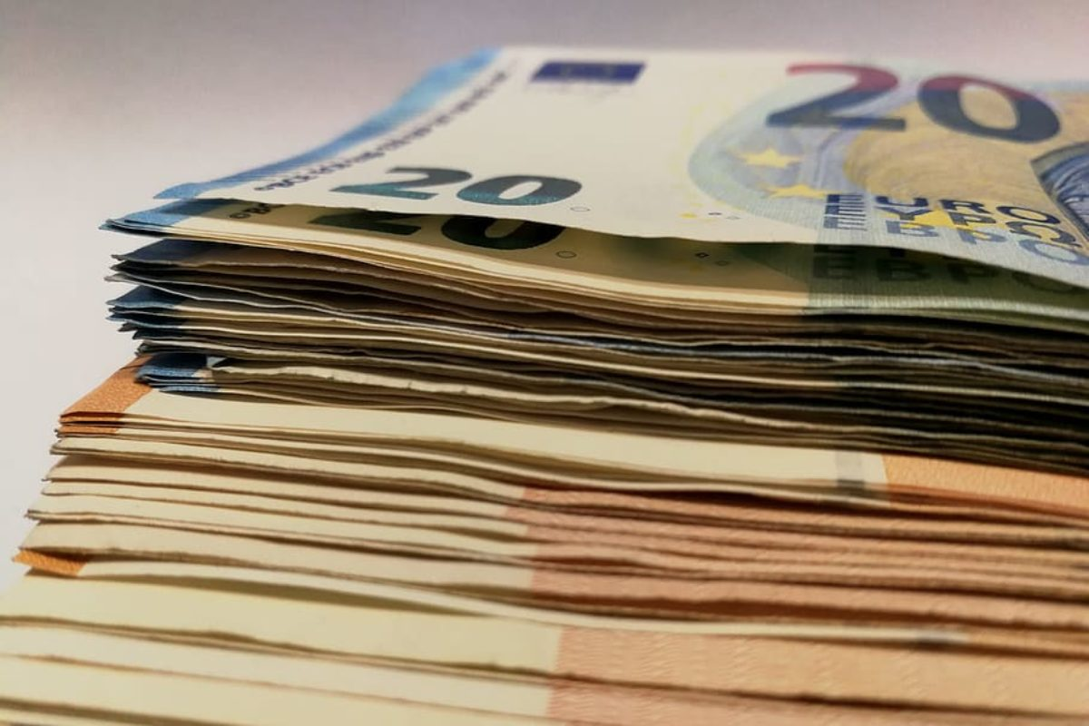 Contributi alle RSA: le banche non si fidano