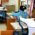 Donne detenute a scuola in un carcere femminile.