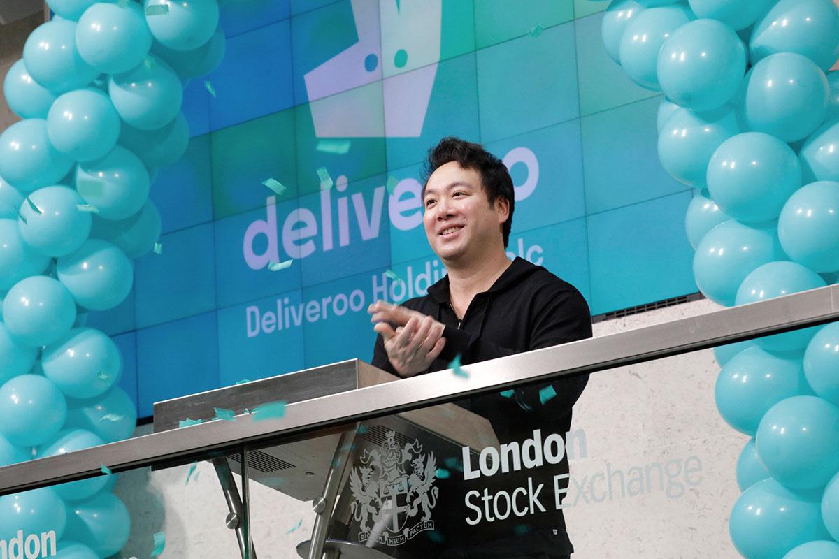 Il fondatore di Deliveroo Will Shu durante la quotazione flop nella Borsa di Londra.