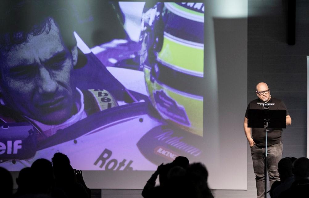 Diego Alverà parla di Ayrton Senna sul palco di Nobìlita 2021.